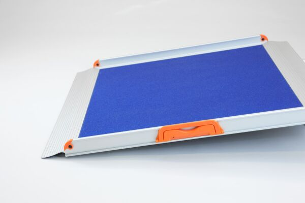 No Fold Wheelchair Ramp with Blue Grip Surface (2ft long 780mm wide)