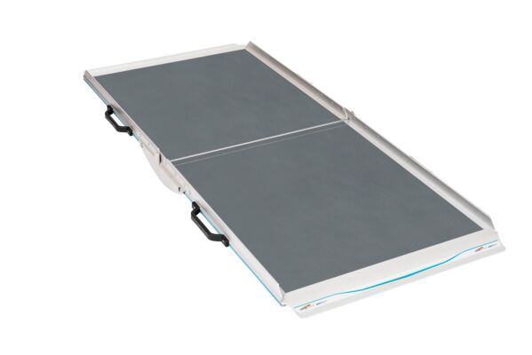 Premium aerolight broadfold wheelchair ramp