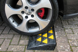 Rubber Kerb Ramps for Cars